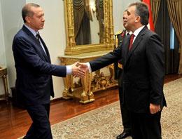 Erdoğan ile Gül birbirinin mütemmin cüzüdür!