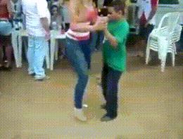 Böyle bir dans gösterisi izlemediniz!