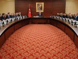 Ahmet Hakan'ın yeni kabine listesi hazır!