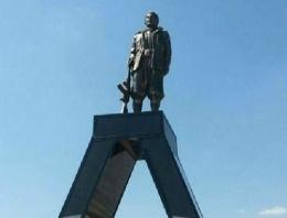 PKK heykeli esrarı! Sırada Öcalan heykeli vardı