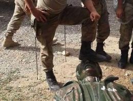 PKK'lının heykeline basan askere şok!