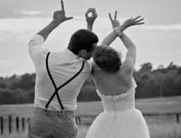 Yeni evlenen çifte