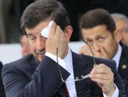 AK Parti Kongresi'nde sıcak bunalttı