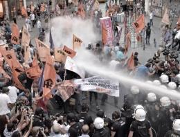 Taksim'deki protestoya müdahale FLAŞ