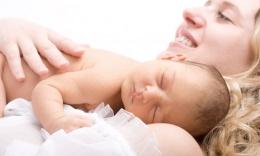 Bebeğinizle birlikte uyumayın çünkü...