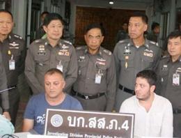 Tayland'da iki Türk hırsızlıktan tutuklandı!