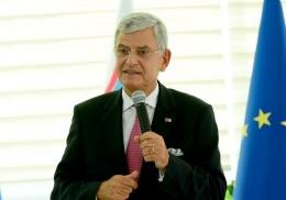 AB Bakanı Bozkır şaşırttı: AB kapısını açsa...