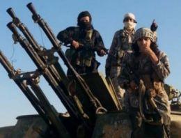 IŞİD askerlerin çevresini kuşattı