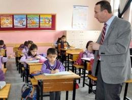 24 Kasım Öğretmenler Günü'nde öğretmenlerin çilesi