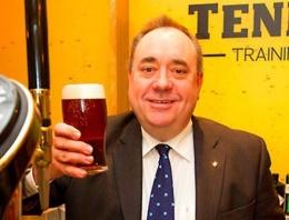 Referandum bitti Başbakan istifa etti!