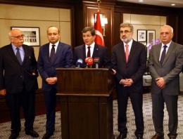 Ahmet Davutoğlu'ndan 49 rehine açıklaması