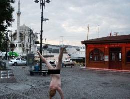 İstanbul'un ortasında  çırılçıplak!