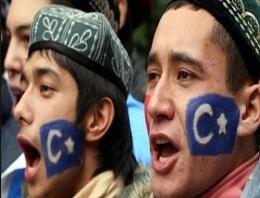 300 Uygur Türkü kurşuna mı dizilecek?