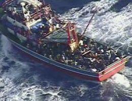 Mülteci gemisi toplu mezar oldu: 400 ölü!