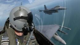 Türk F-16'lardan İsveç'te çok gizli prova!