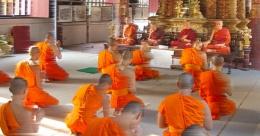 Budist rahip genç kıza tecavüz etti!