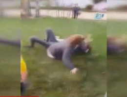 Kızlar kavga etti, erkekler kameraya çekti
