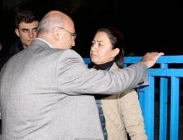 Mahmut Tanal'ın kadın polisle şaşırtan görüntüsü