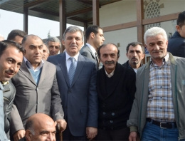 Gazetecilerin soruları Gül'ü şaşkına çevirdi