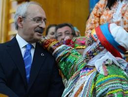 Yırcalı kadınlardan Kılıçdaroğlu'na sevgi seli