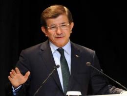 Ahmet Davutoğlu'ndan Rumlara Ermeni hatırlataması!