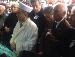 CHP'li milletvekili cenaze namazı kıldırdı!
