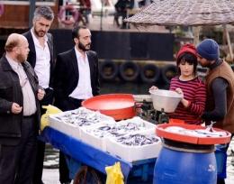 Ulan İstanbul 23. bölüm Karlos ve Yaren'e süpriz ziyaretçi