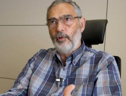 AK Partili vekil Etyen Mahçupyan'a sert çıktı