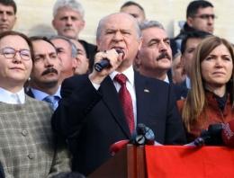 Bahçeli Tunceli'de yanındaki kadınlar kim?