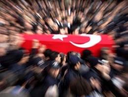 Davutoğlu ve Genelkurmay Özel'e cenaze tepkisi