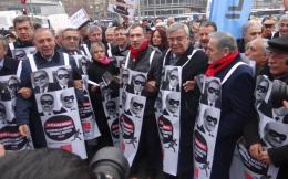 CHP'liler canlı billborad oldu sokaklara indi!