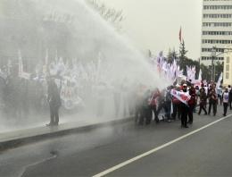 Ankara'da olaylı 'Laik eğitim' yürüyüşü
