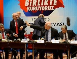 Kılıçdaroğlu'na son dakika ayakkabılı saldırı