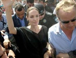 Angelina Jolie Ezidi Kürtleri ziyaret etti