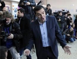 Yunanistan'da seçimi kazanan SYRIZA lideri Aleksis Çipras kimdir?