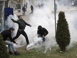 Kosova karıştı son dakika polis durduramıyor