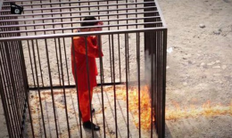 IŞİD yine kafes içinde insan yakacak!