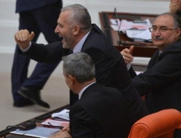 Meclis'te Beşiktaş sevinci