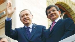 Davutoğlu ve Erdoğan için doğum günü klibi