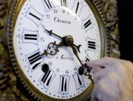 Saatler ileri alınacak tarih 29 Mart 2015