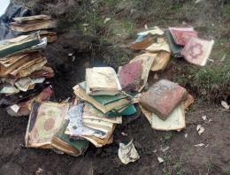 Toprağa gömülü 50 Kur'an bulundu