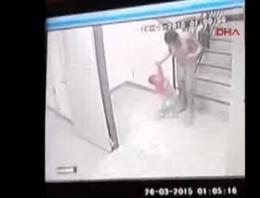 2 yaşındaki çocuğu döverek öldürdü