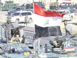 Irak ordusu IŞİD'i o şehirden attı!