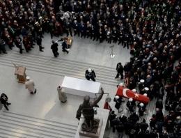 Samanyolu ve Hürriyet'e cenazede şok!
