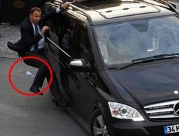 Savcı taziyesinde Kılıçdaroğlu'na pet şişeli protesto!