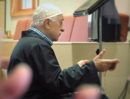 Fethullah Gülen'in 24 saati Kamp Vakti belgeseli
