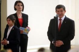 Başbakan Davutoğlu'nun yeni koruması dikkat çekti