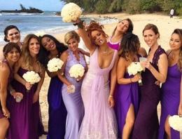 Rihanna'nın düğünde çılgın halleri!