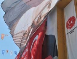 MHP'den AK Parti'ye bayrak teşekkürü!