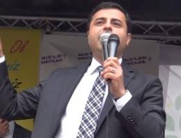 Demirtaş: Suriyelilere vatandaşlık hakkı...